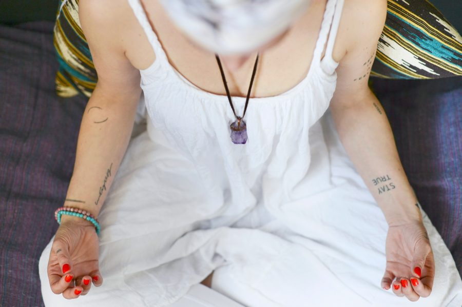 retreat-kundalini-yoga-meditation-madhavi-guemoes