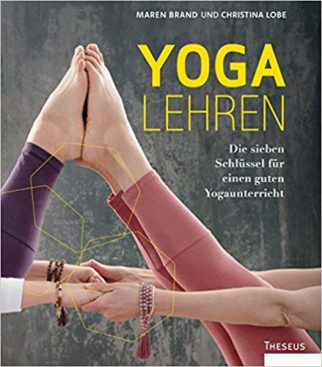 Christina-lobe-maren-brand-yoga-lehren-yogalehrer-buch